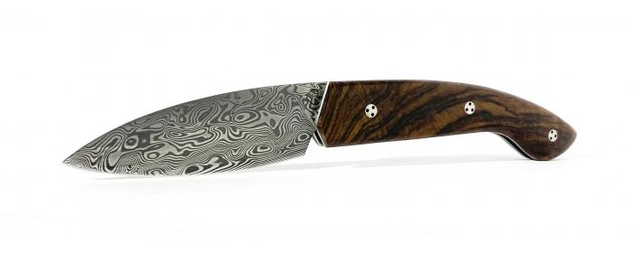 Couteau Ariégeois cran plat loupe de noyer